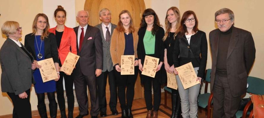 2014.03.25-nagrodydlalaureatow