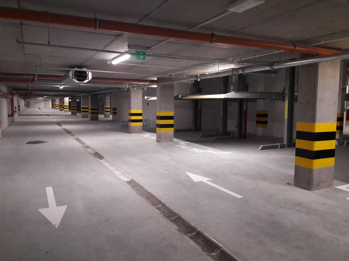 Parking w budynku Malta Nowa 2