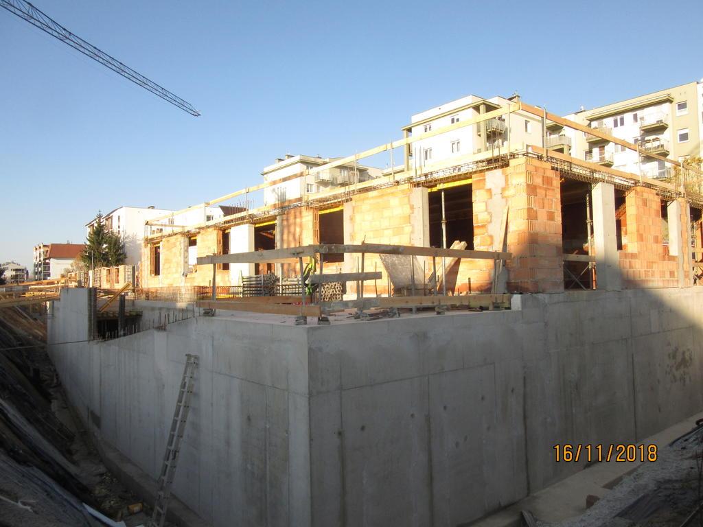 plac budowy na Piątkowie